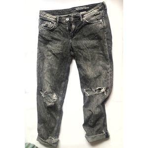 H&M size 25 women's jeans girlfriend fit low waist